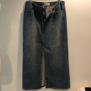 Gap long denim skirt with front slit.